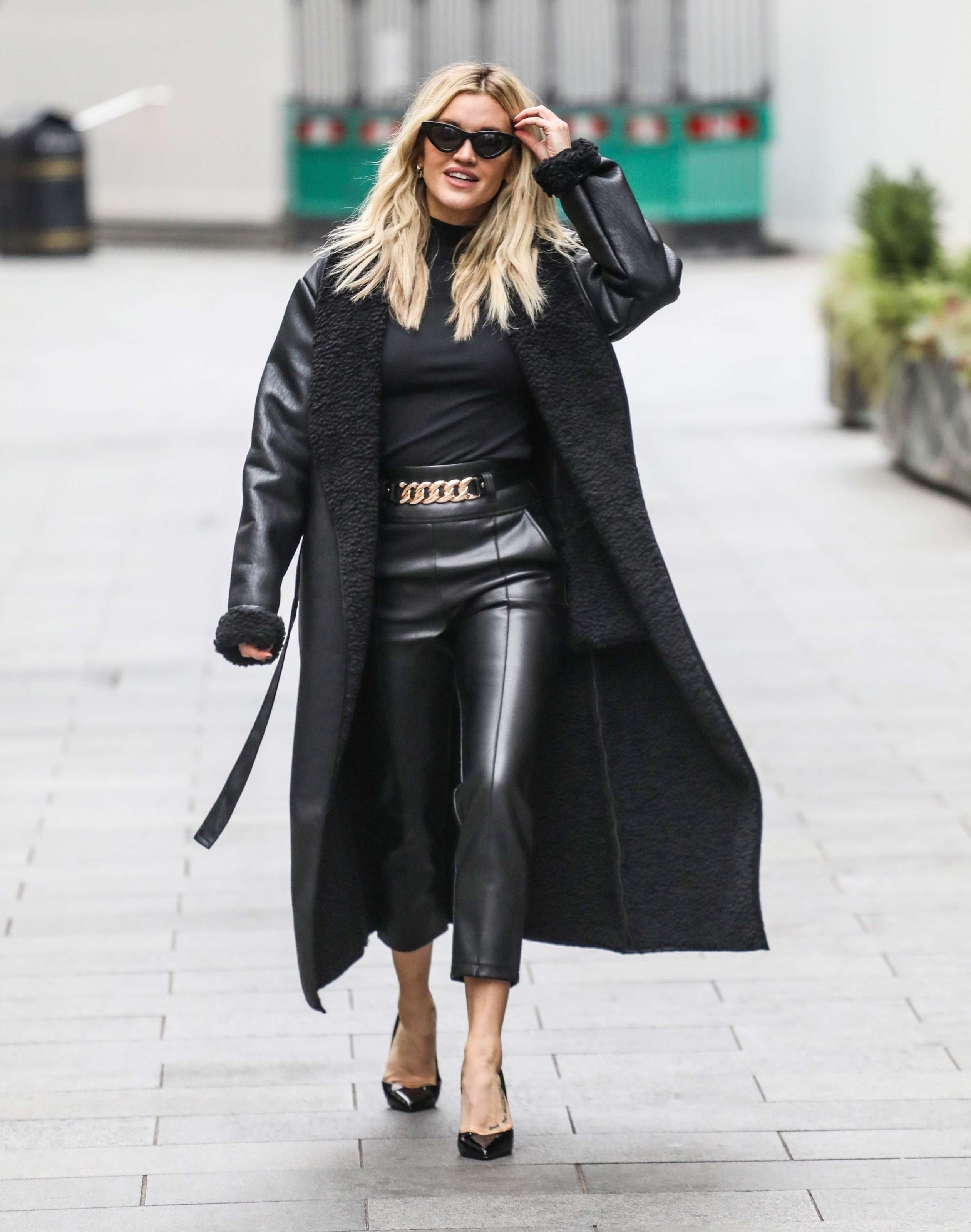 Ashley Roberts leaving Global Studios in London