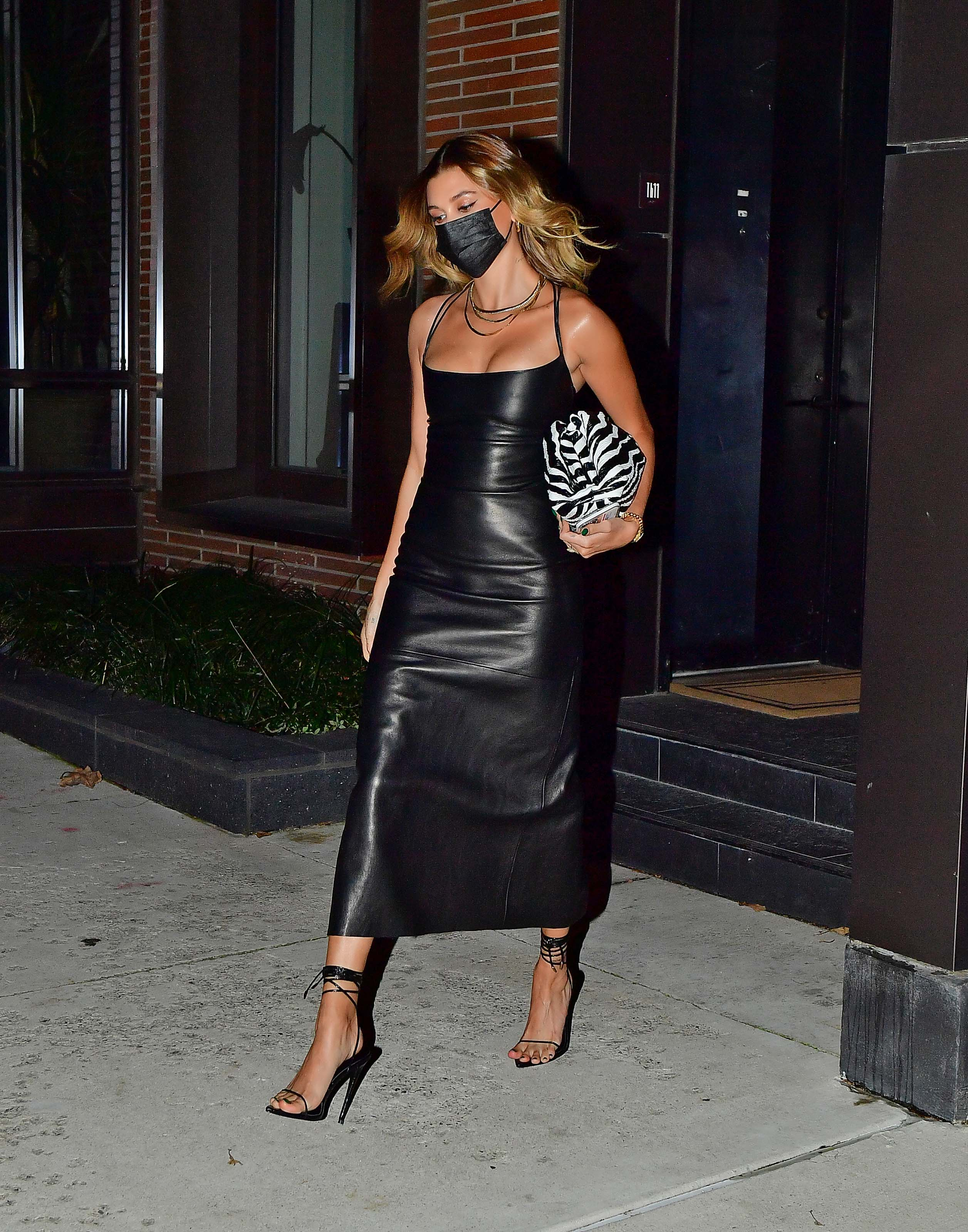 Hailey Baldwin heading to SNL at 30 Rock in New York