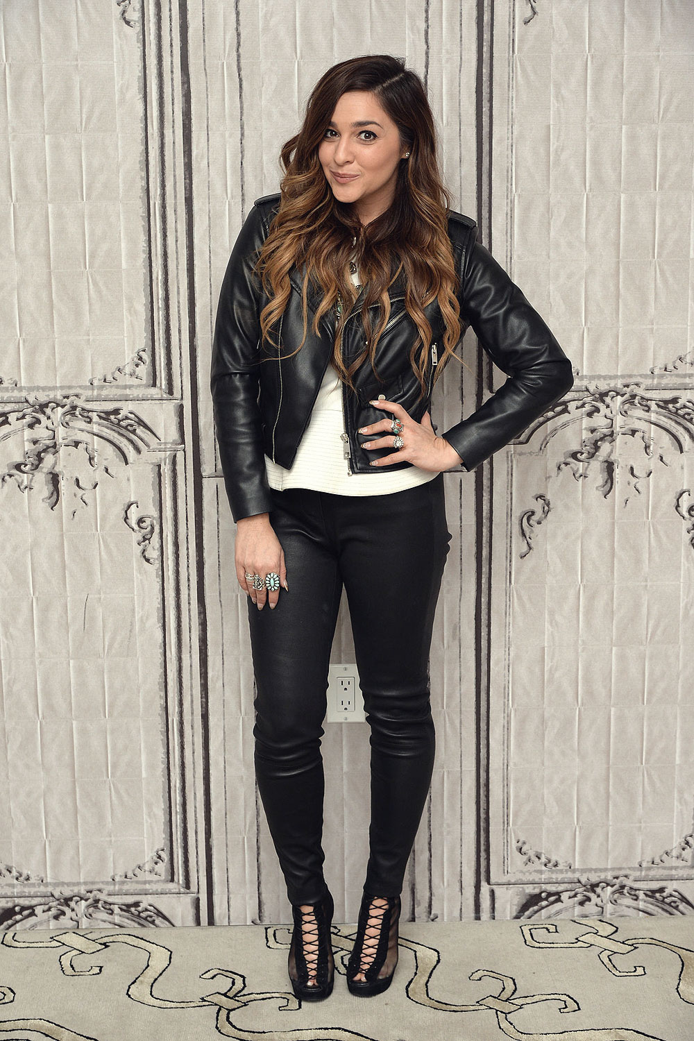 Alisan Porter attends season 10 Winner of The Voice