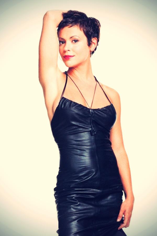Alyssa Milano Black Leather skirt