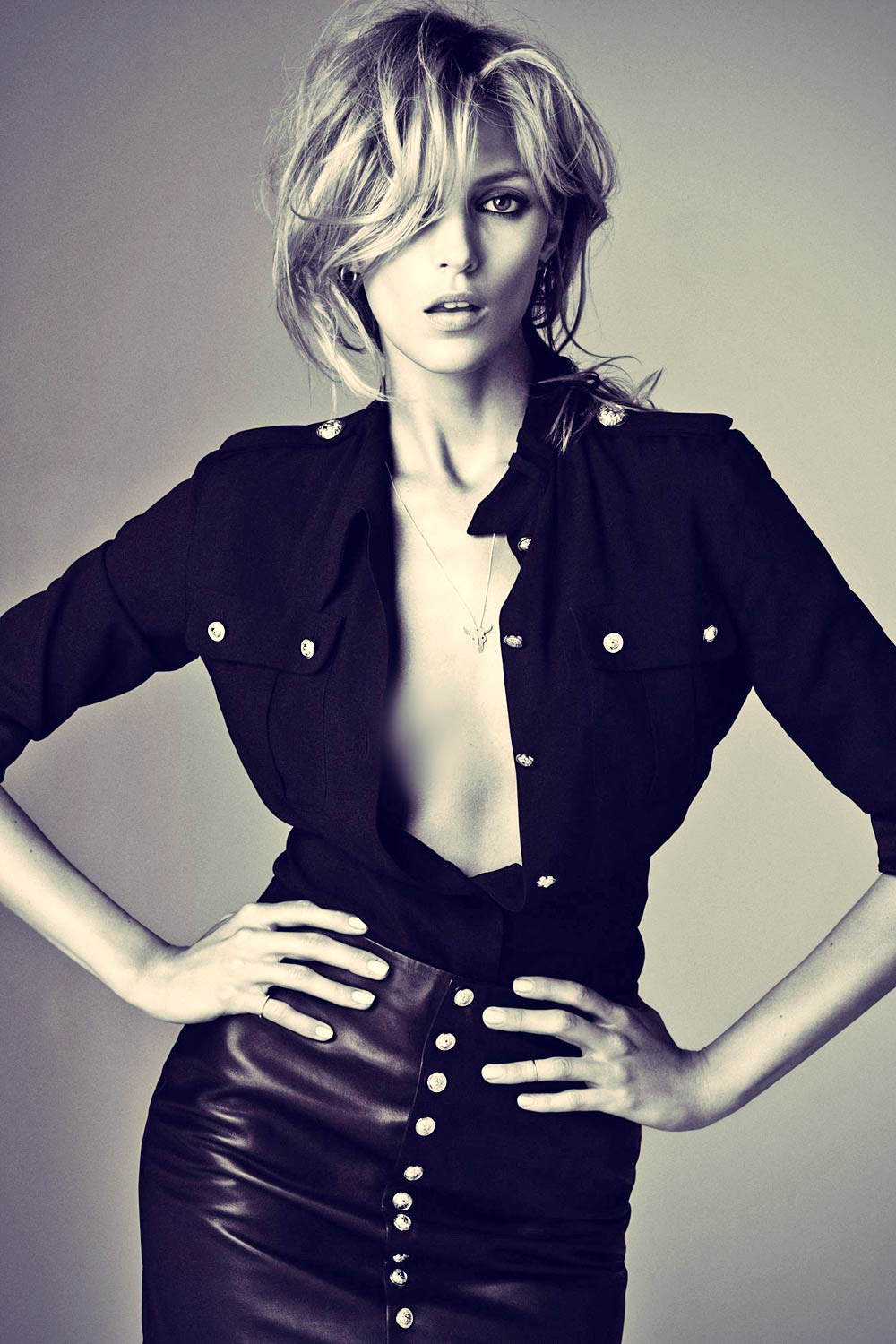 Anja Rubik photoshoot for Elle Serbia