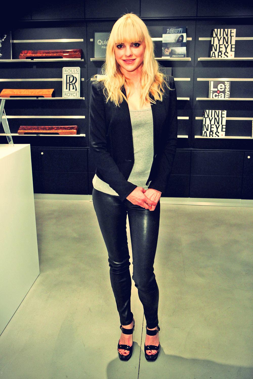 Anna Faris attends Variety Awards Studio