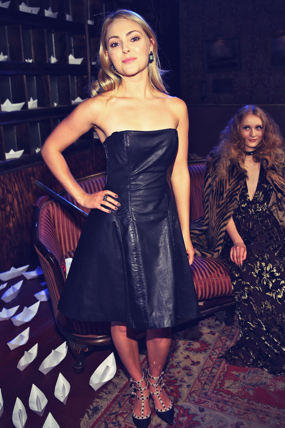 Alice and Olivia Pictures and Photos - imagecollect.com