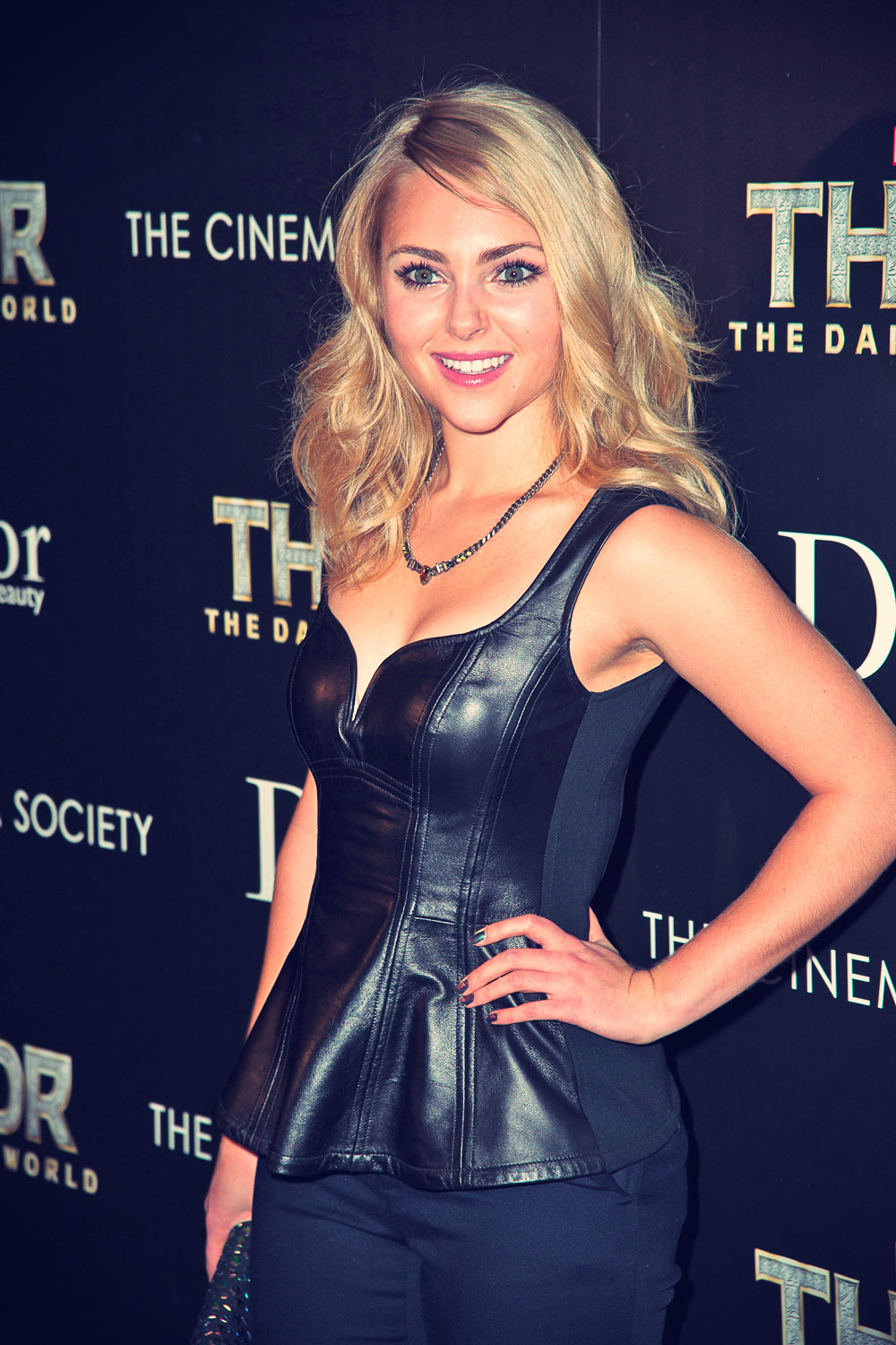 AnnaSophia Robb attends a screening of Thor The Dark World