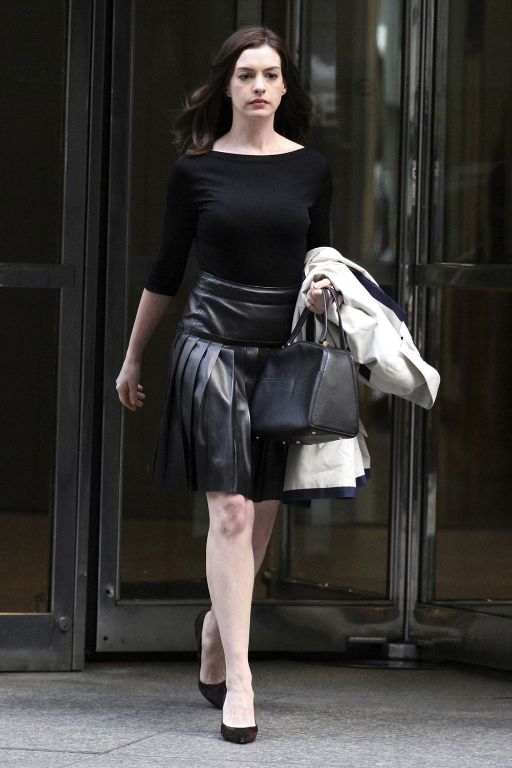Anne Hathaway on the set of The Intern