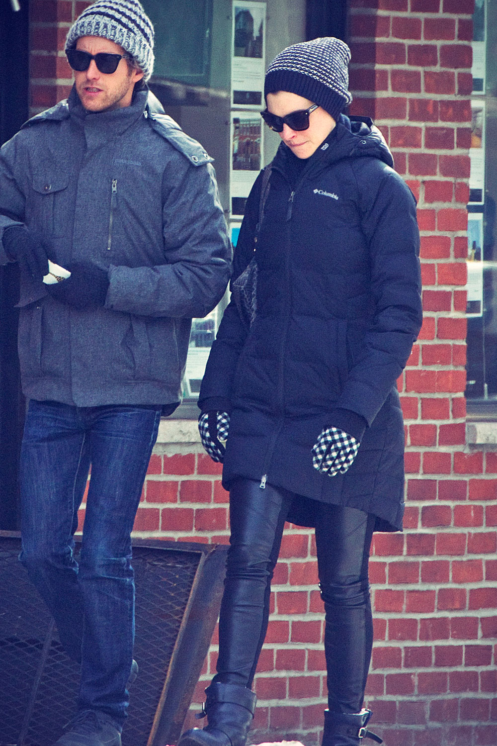 Anne Hathaway wraps up for brunch and shopping in Brooklyn