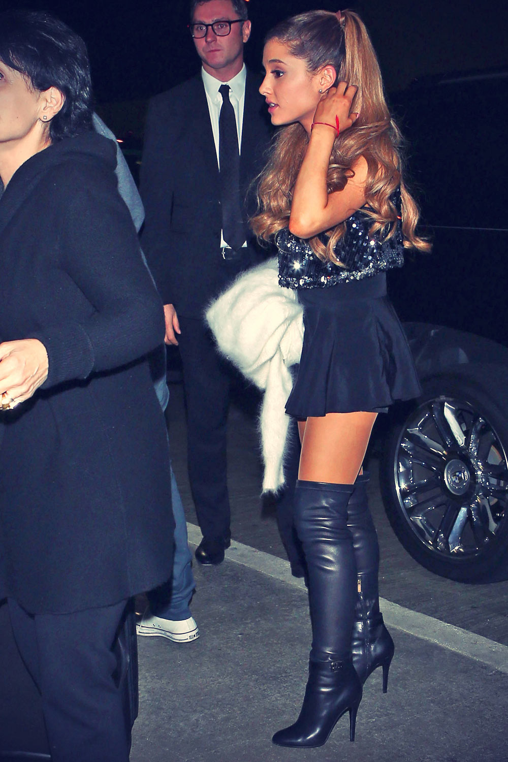 2a2bb10467 Ariana Grande leather style trends - Leather Celebrities