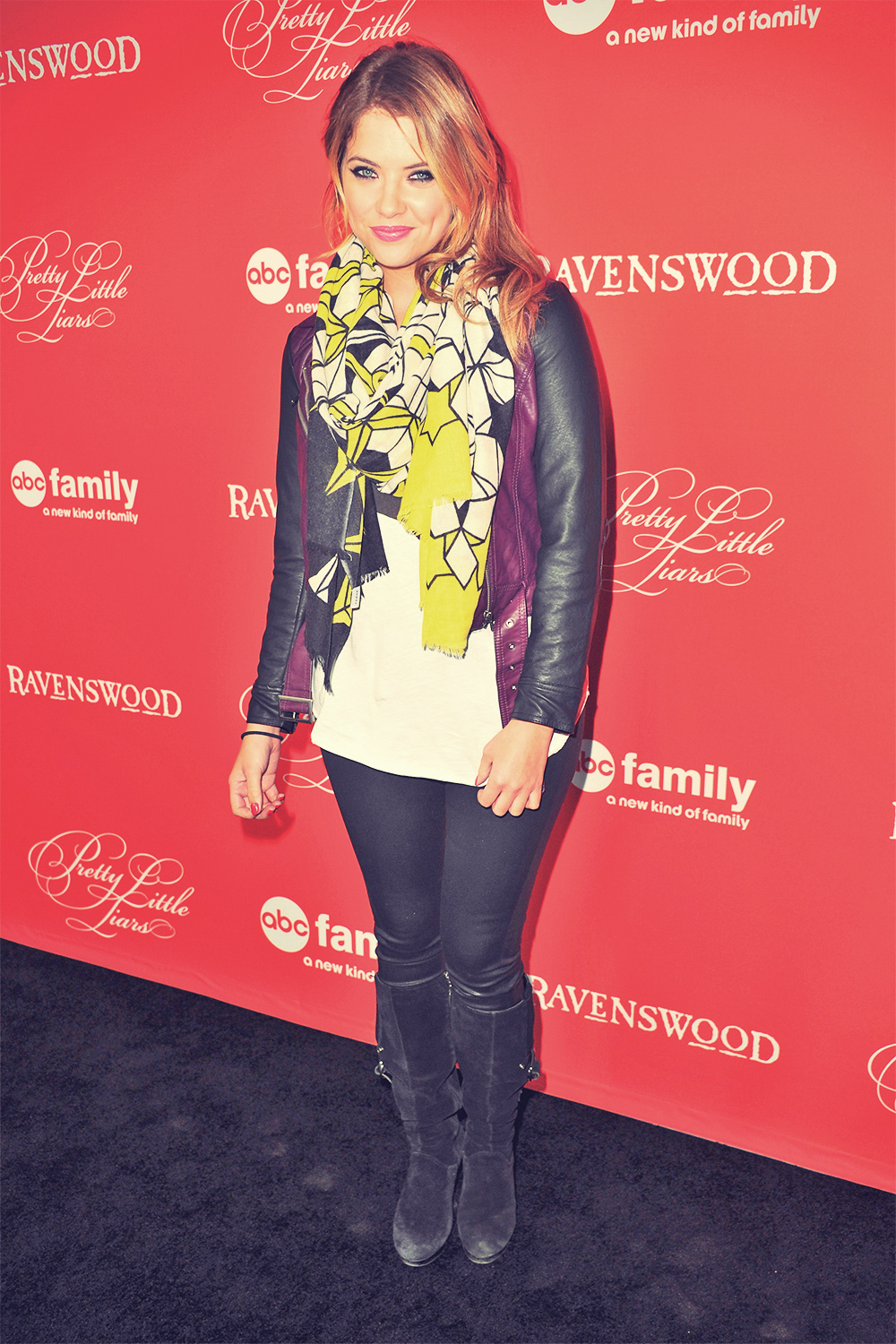 Ashley Benson Pretty Little Liars Halloween Episode screening