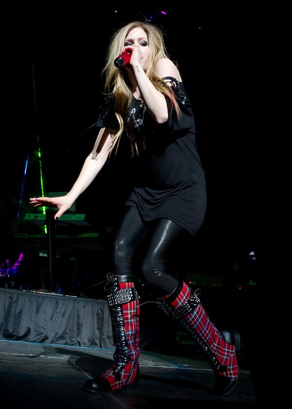 Avril Lavigne at Jingle Ball 2011