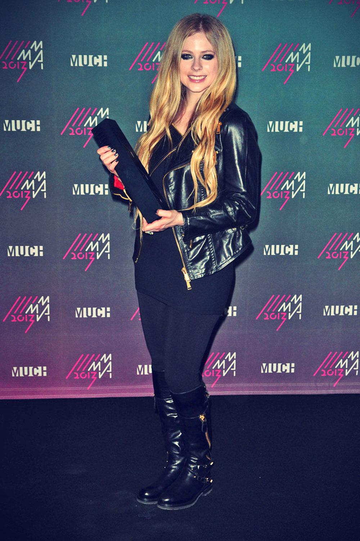 Avril Lavigne attends 2013 MuchMusic Video Awards