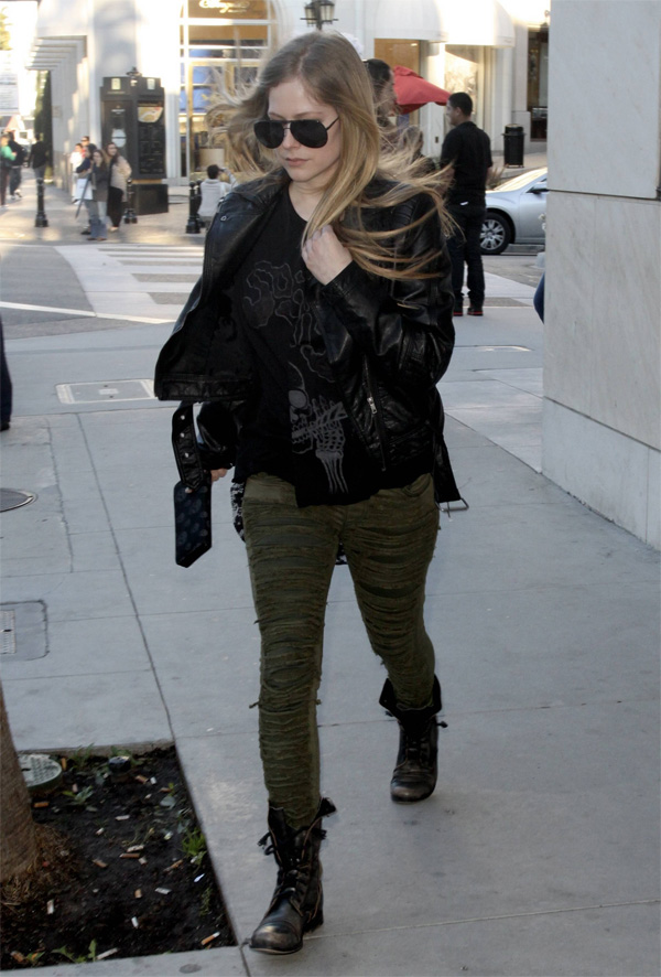 Avril Lavigne out shopping in Beverly Hills