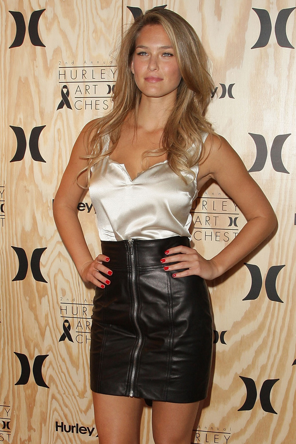 Bar Refaeli at Second Annual Hurley Art Chest