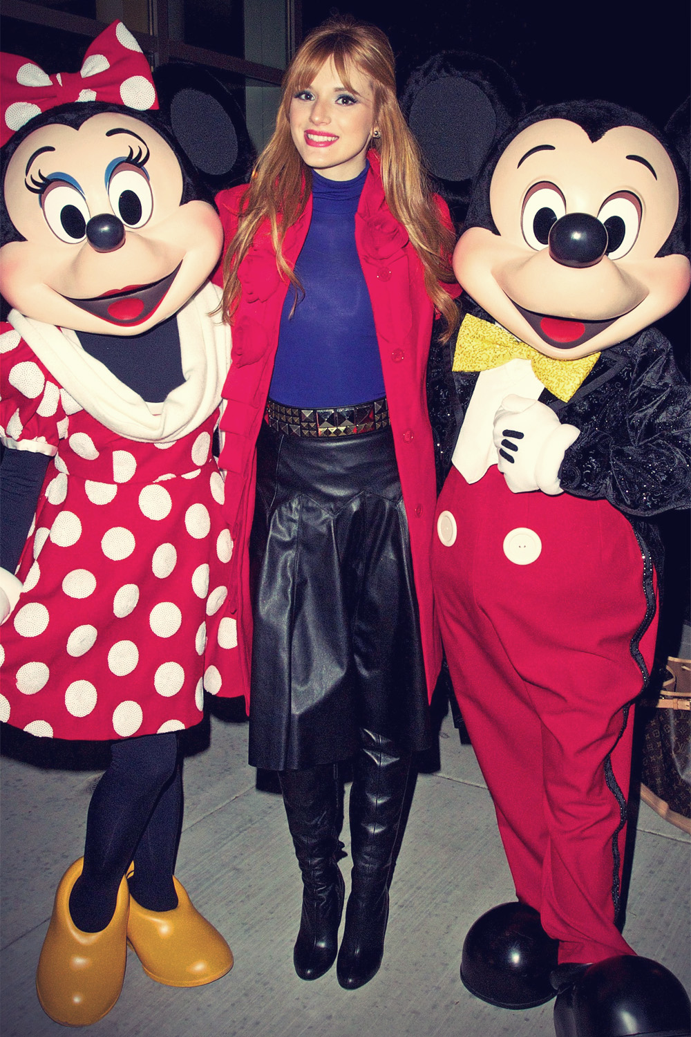 Bella Thorne attends Magnificent Mile Lights Festival