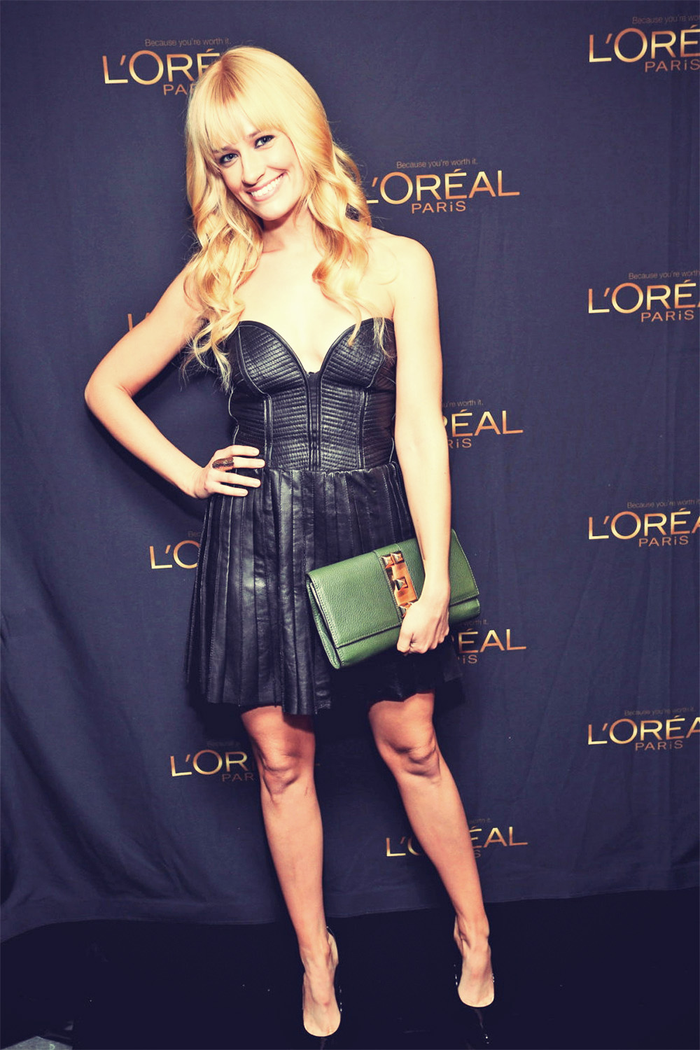 Beth Behrs attends L'Oreal HBO Luxury Lounge cocktail party