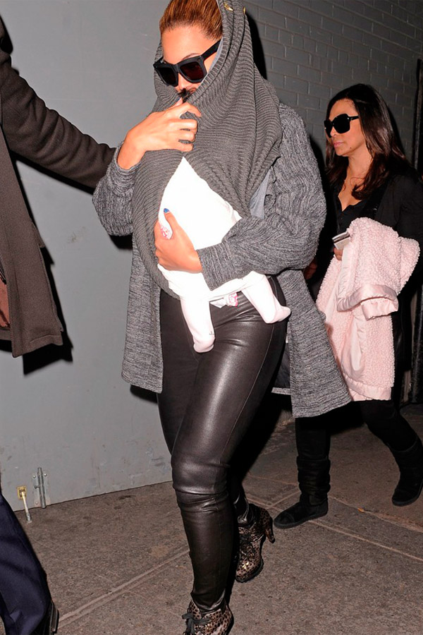 Beyonce leaving the doctor office in NYC