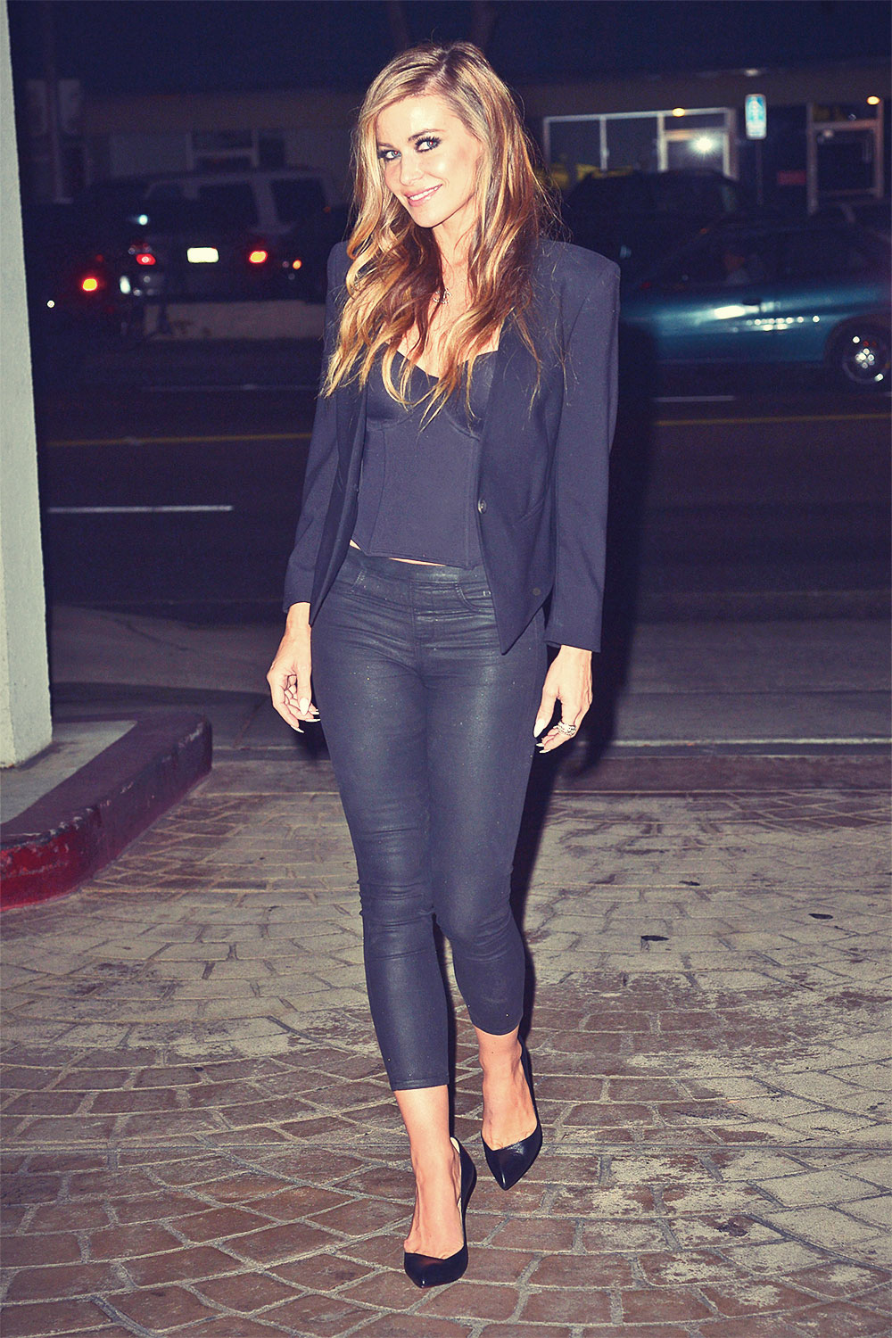 Carmen Electra leaves Omi Sushi in West Hollywood