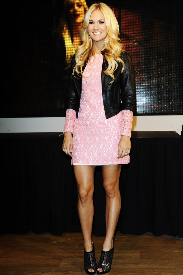 Carrie Underwood Blown Away Signing in London