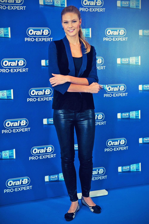 Charisse Verhaert presents the new Oral B Pro Expert toothpaste