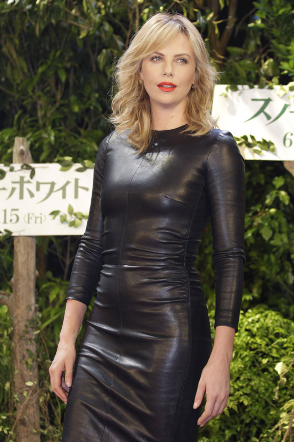Charlize Theron at Snow White And The Huntsman Photocall
