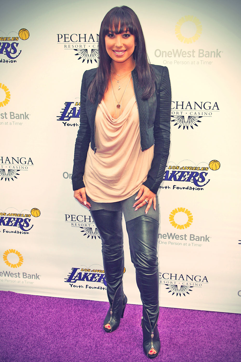 Cheryl Burke attends 2013 Lakers Casino Night
