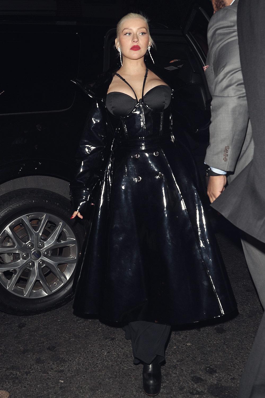 Christina Aguilera at 1 Oak Harpers