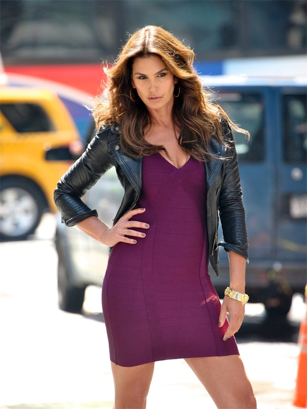 Cindy Crawford does a Photo Shoot for Deichman shoes