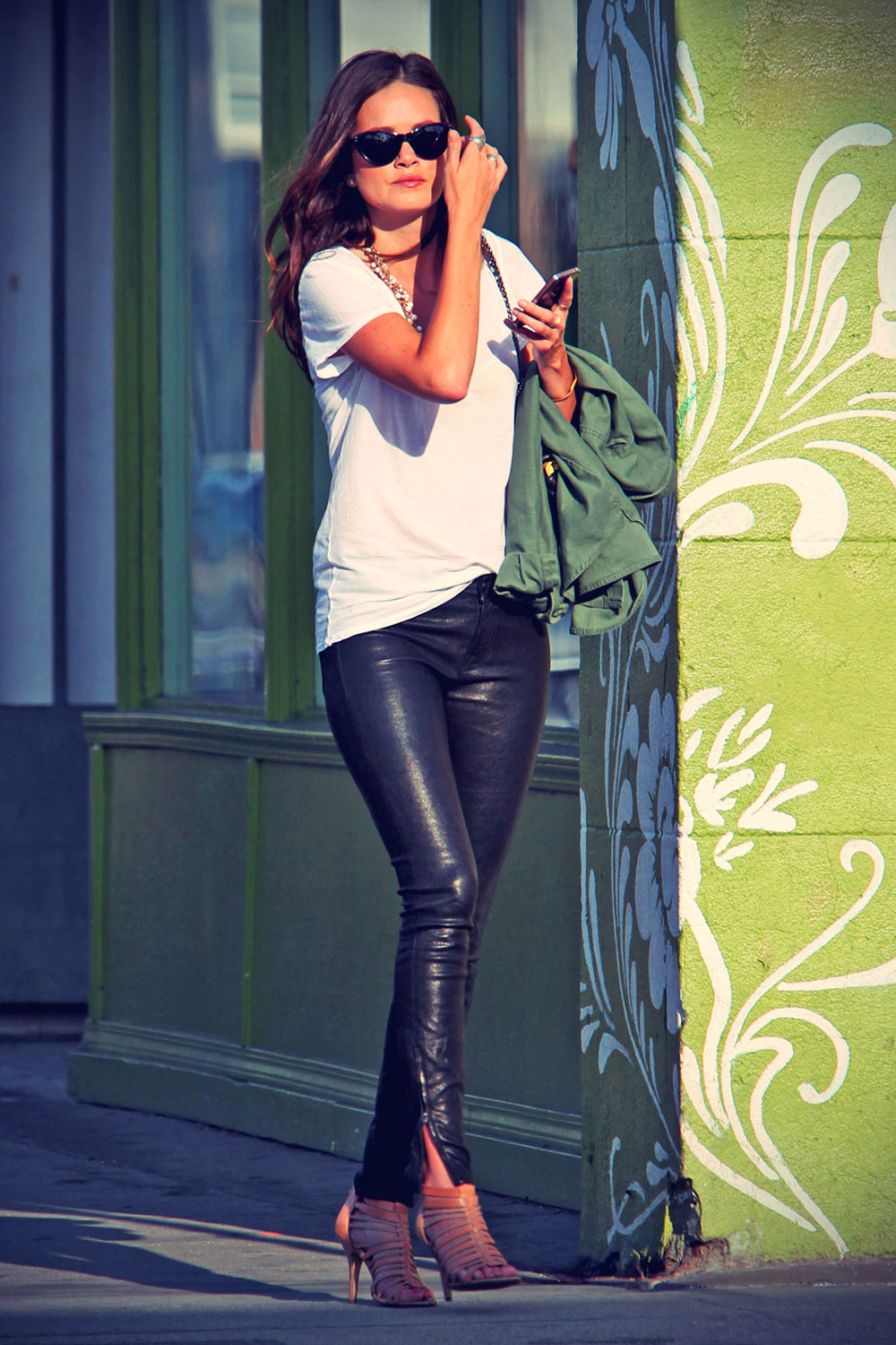 Courtney Robertson rocks a pair of leather pants