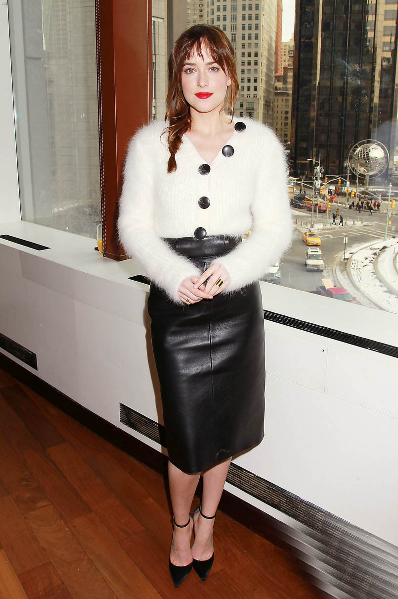 Dakota Johnson attends... Rosie Huntington Whiteley Lips