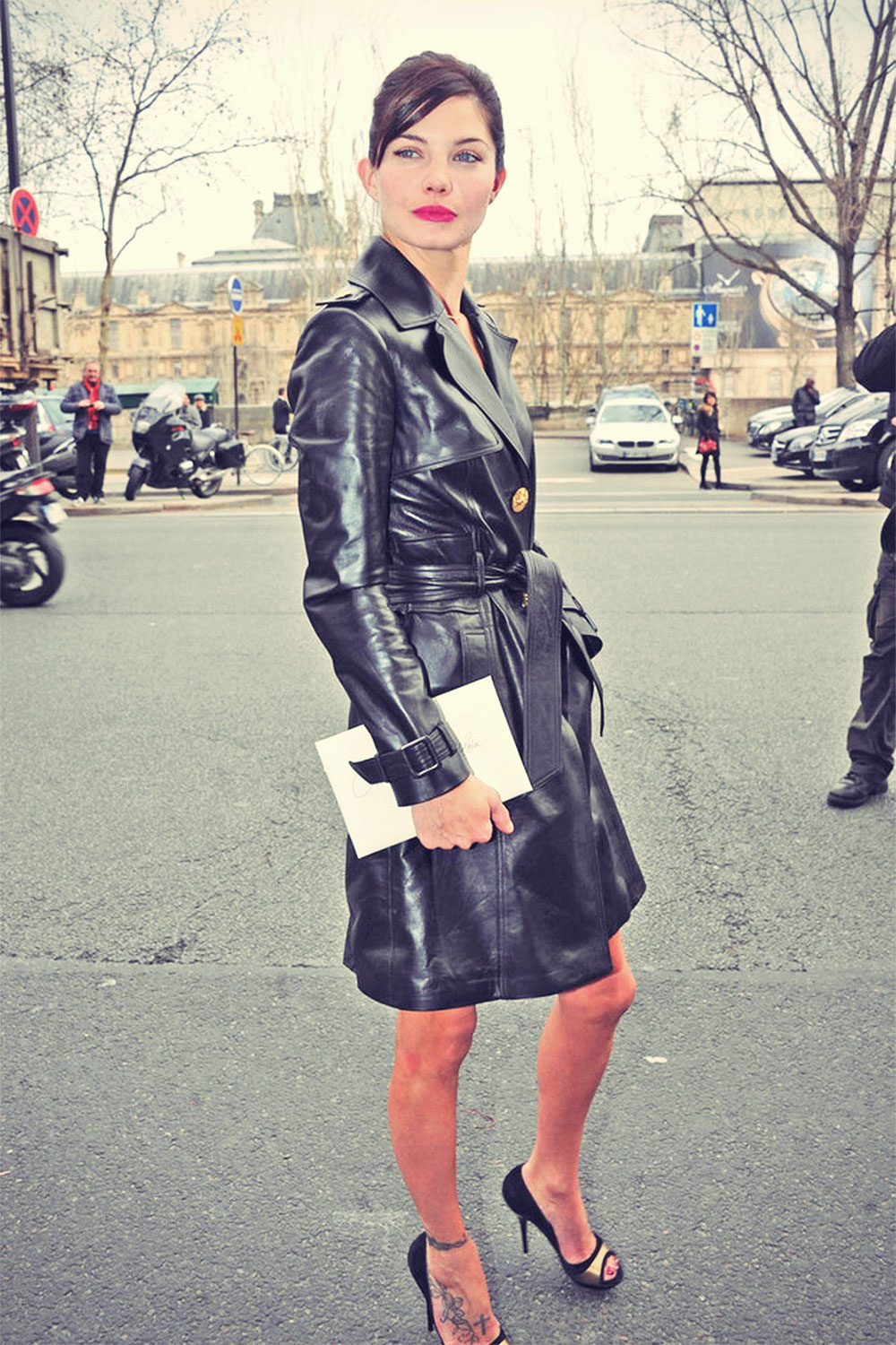 Delphine Chaneac arriving at the Versace Spring-Summer 2012 Haute Couture