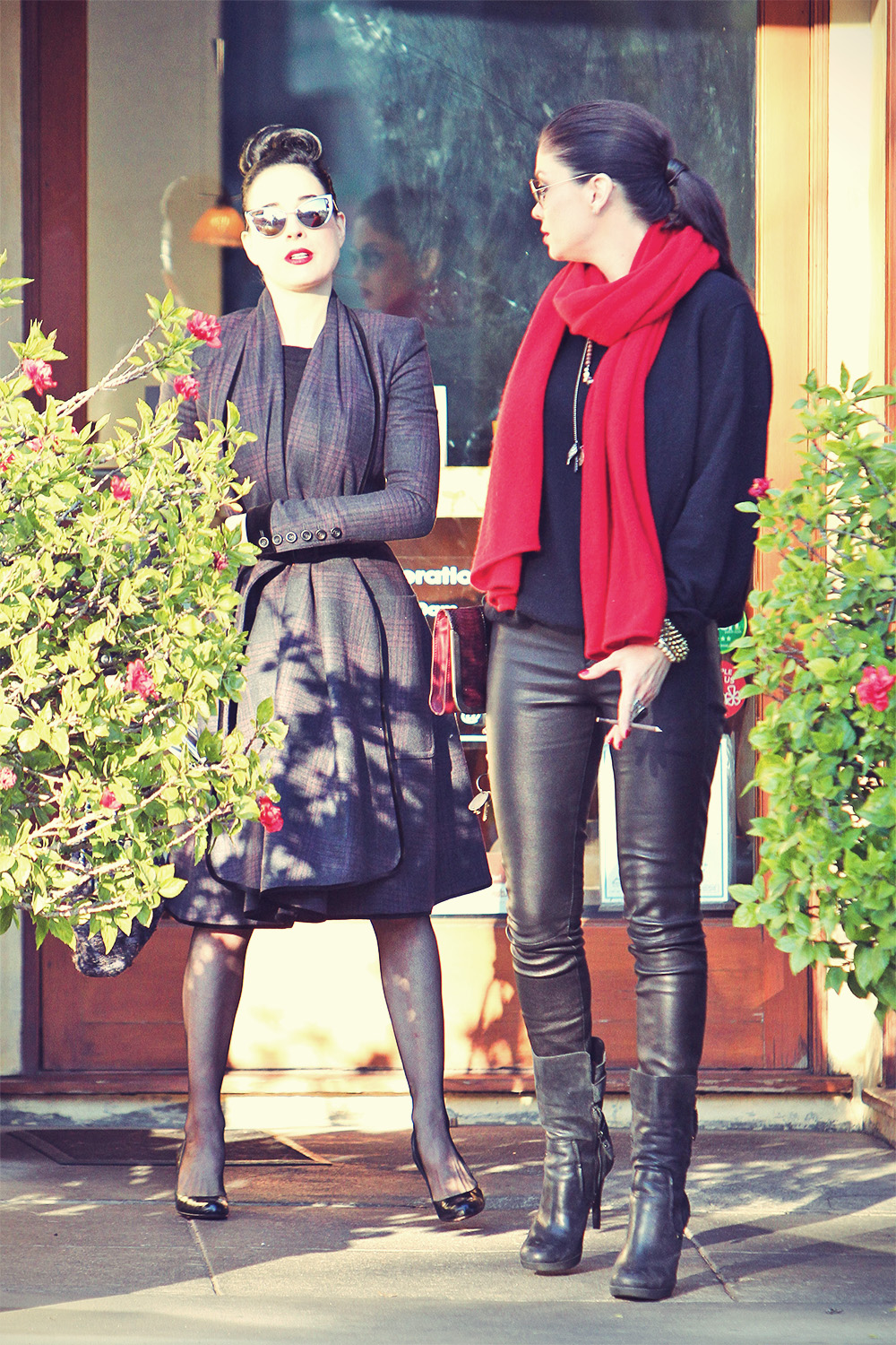 Dita Von Teese Goes for lunch with a friend