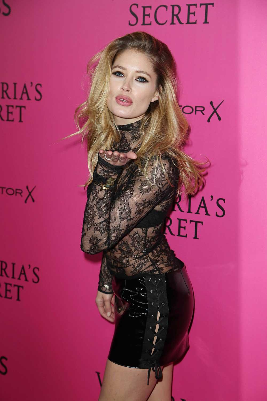 Doutzen Kroes attends Victoria's Secret Fashion Show