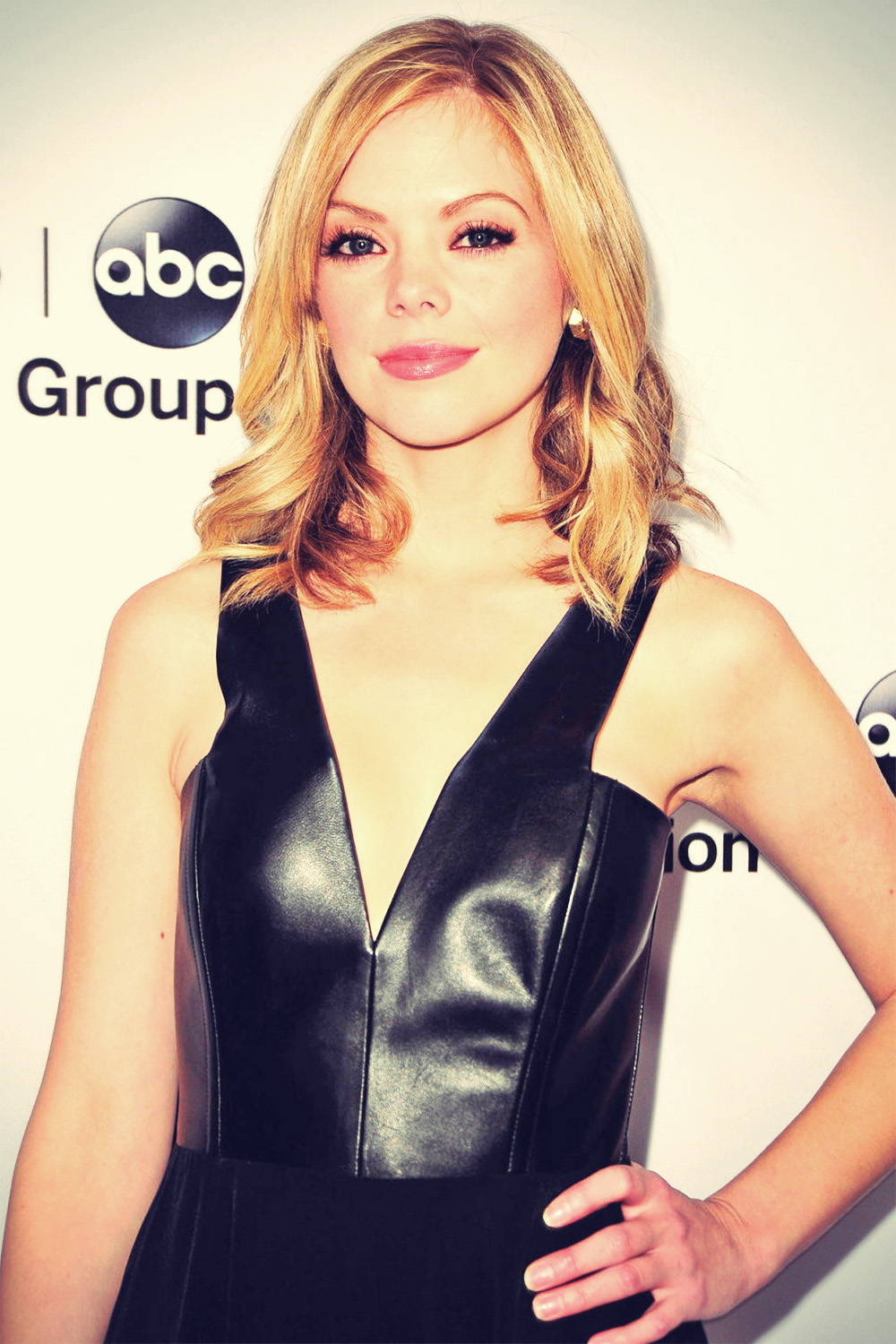 Dreama Walker attends 2013 TCA Winter Press Tour
