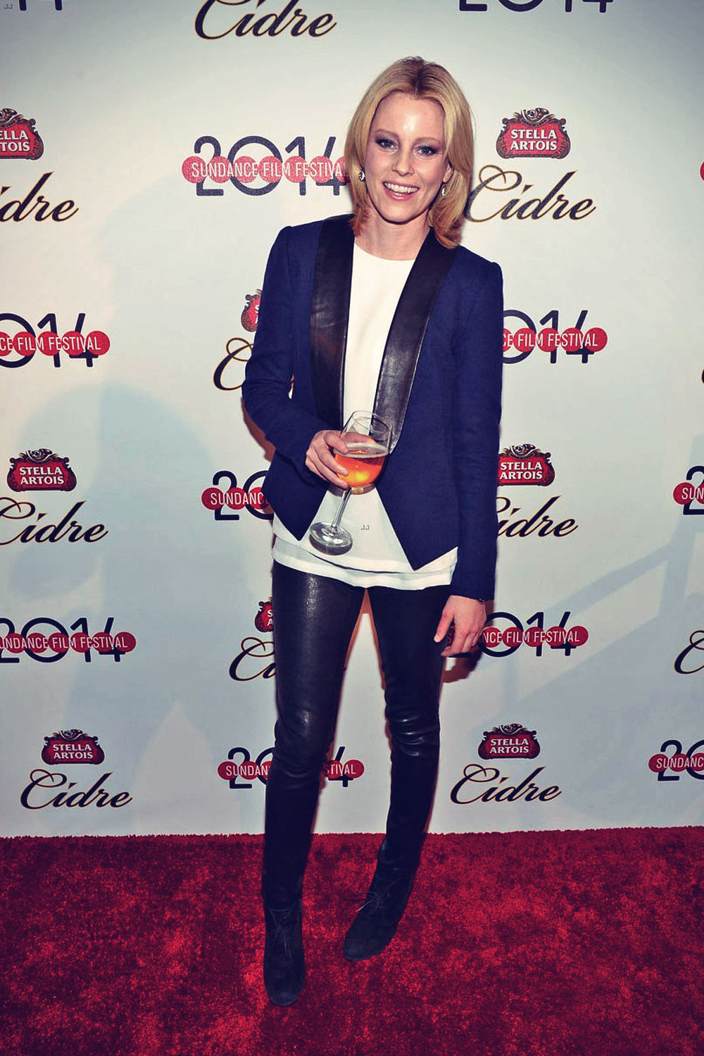 Elizabeth Banks keeps it chic while attending the Stella Artois Cidre National Launch Party