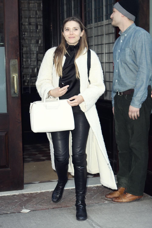 Elizabeth Olsen sen outside her hotel