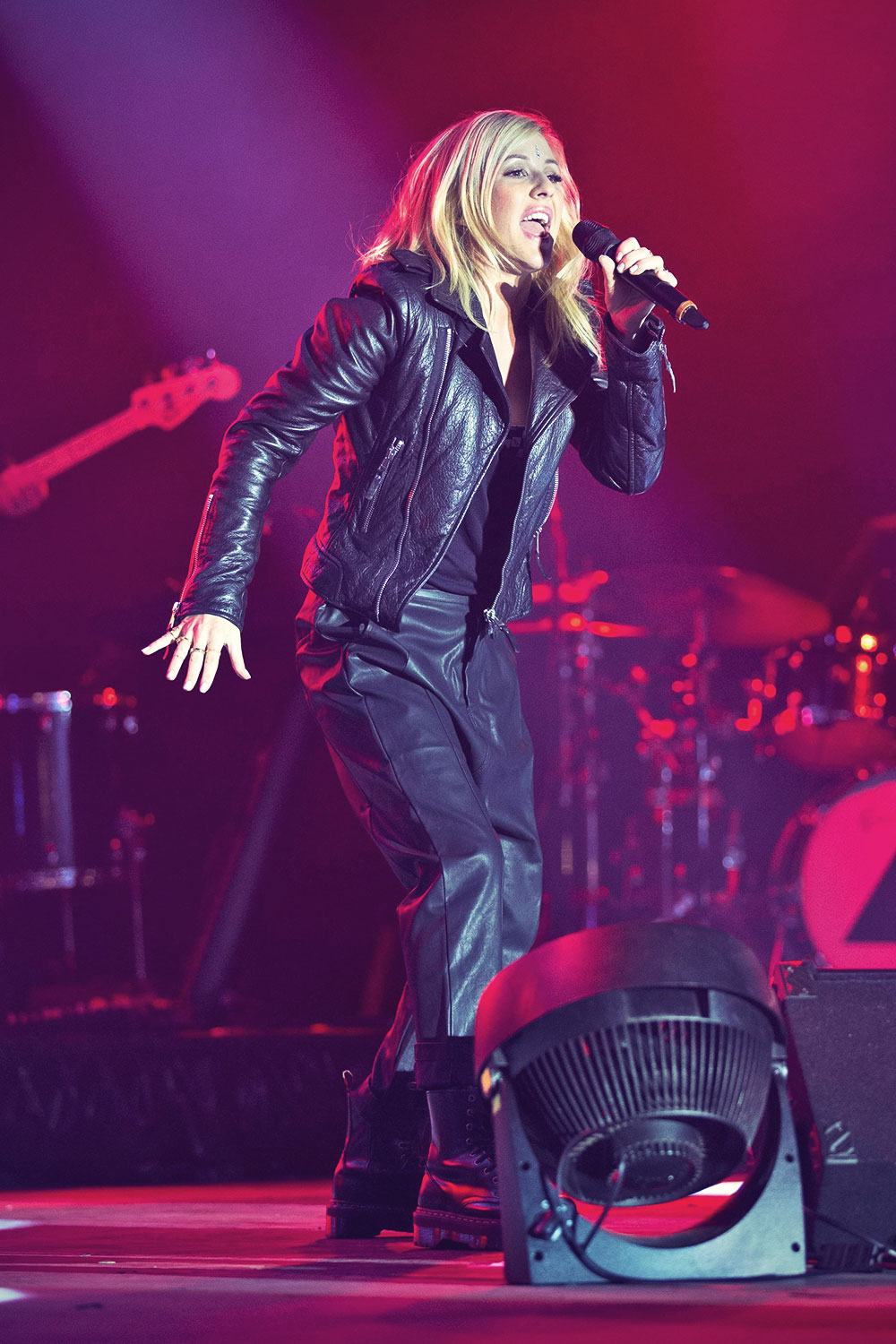 Ellie Goulding performs at Sundown Festival