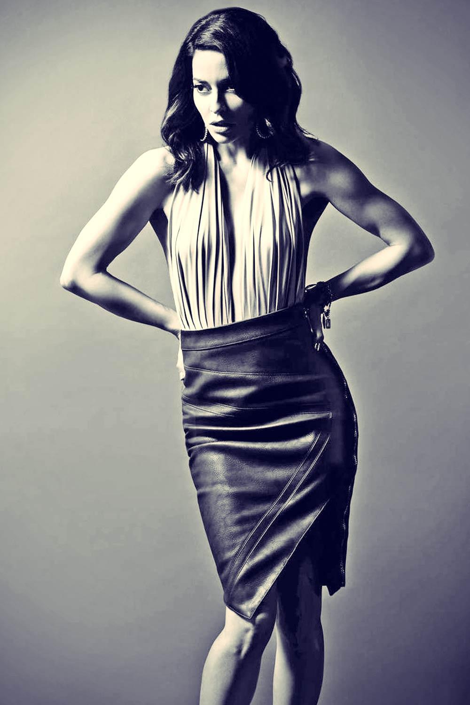 Emmanuelle Vaugier in Regard Magazine