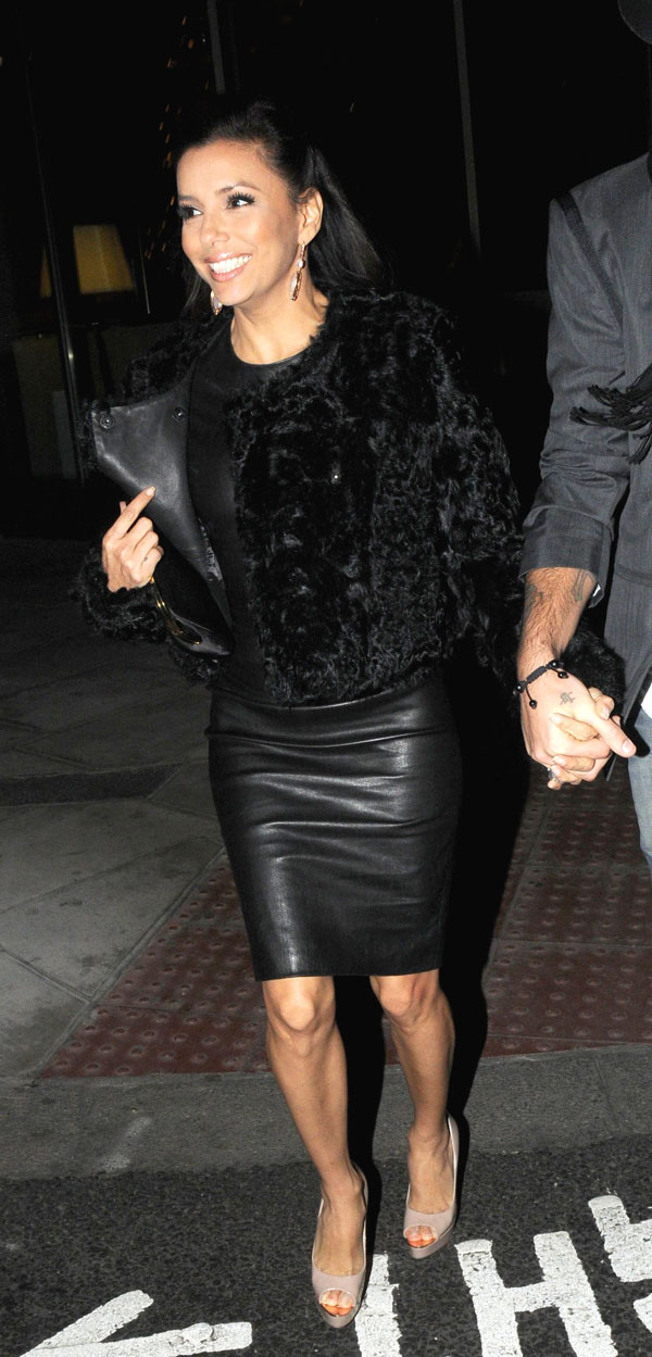 Eva Longoria out with Boyfriend in Park Lane London