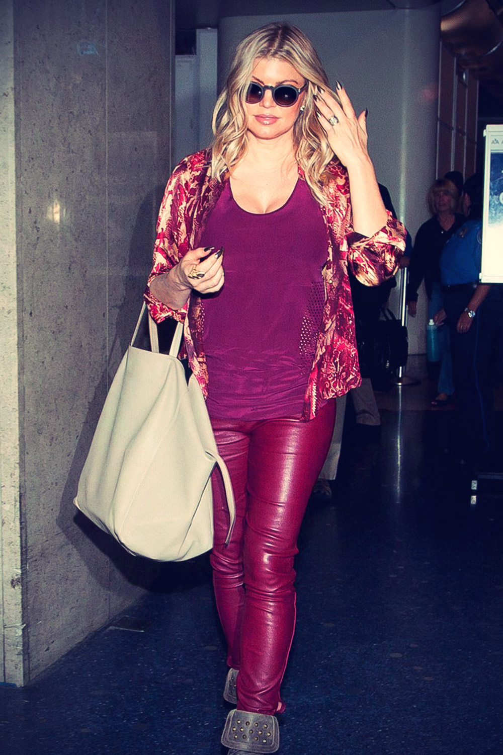Fergie walks through LAX Airport