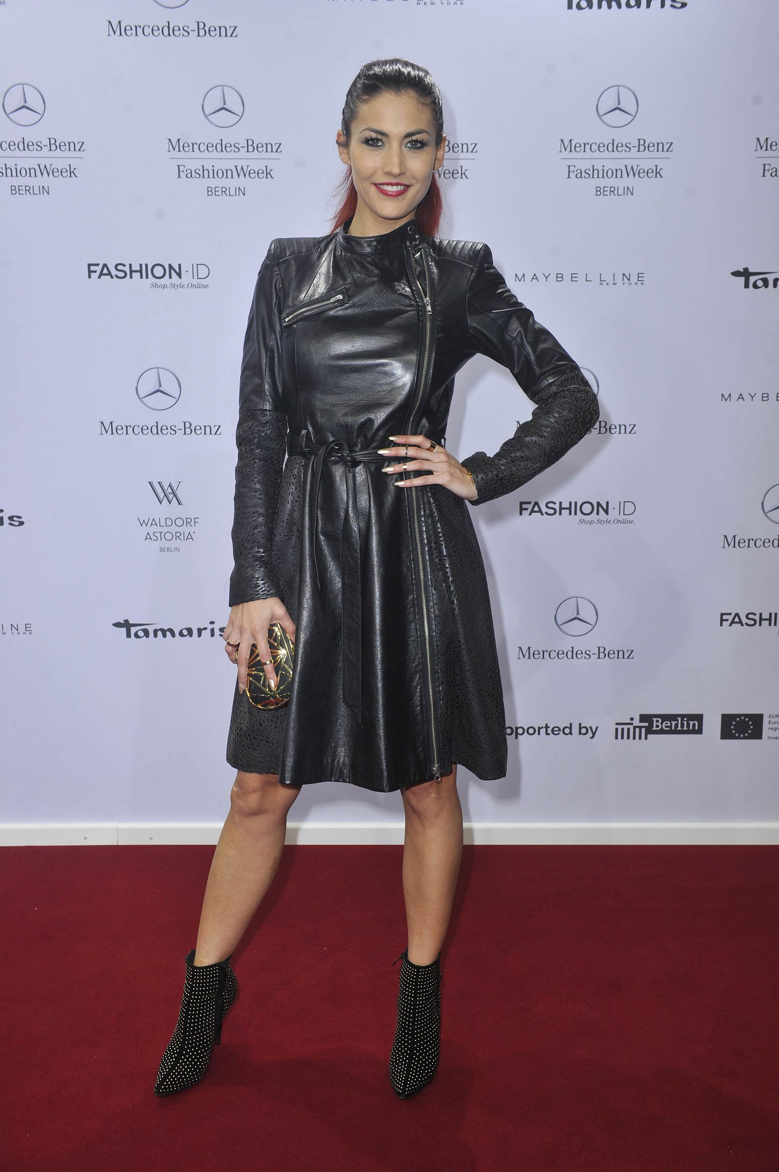 Fiona Erdmann Attends Glaw Fashion Show Leather Celebrities