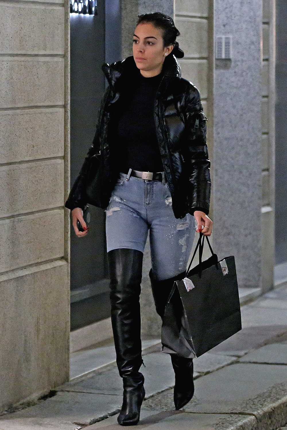 Georgina Rodriguez goes shopping at luxury retailers