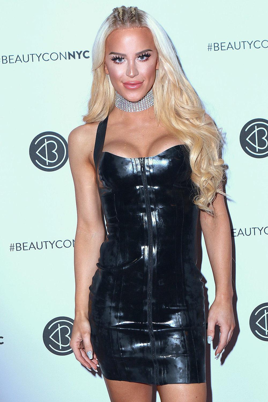 GiGi Gorgeous attends Beautycon Festival NYC