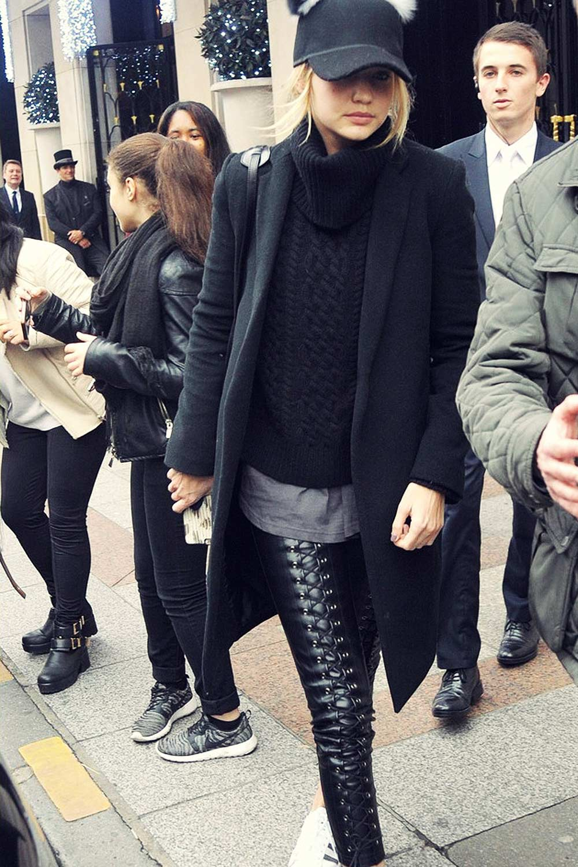Gigi Hadid leaves her hotel in Paris