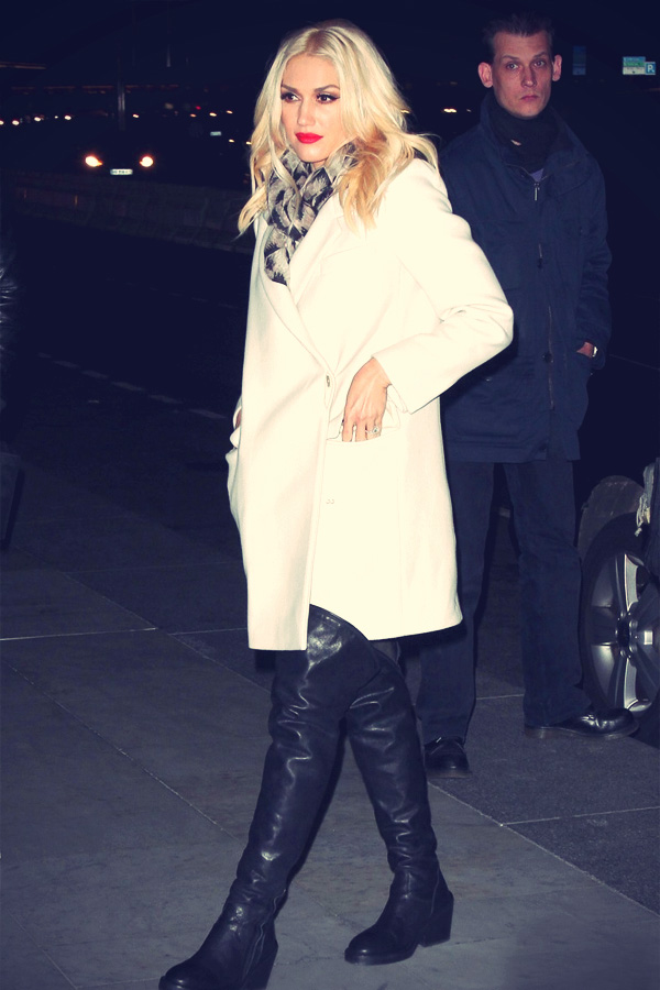 Gwen Stefani leave their hotel in Paris