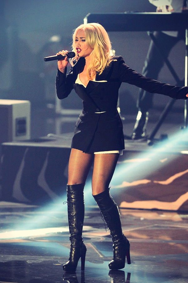 Gwen Stefani performing live at the 2012 MTV EMA