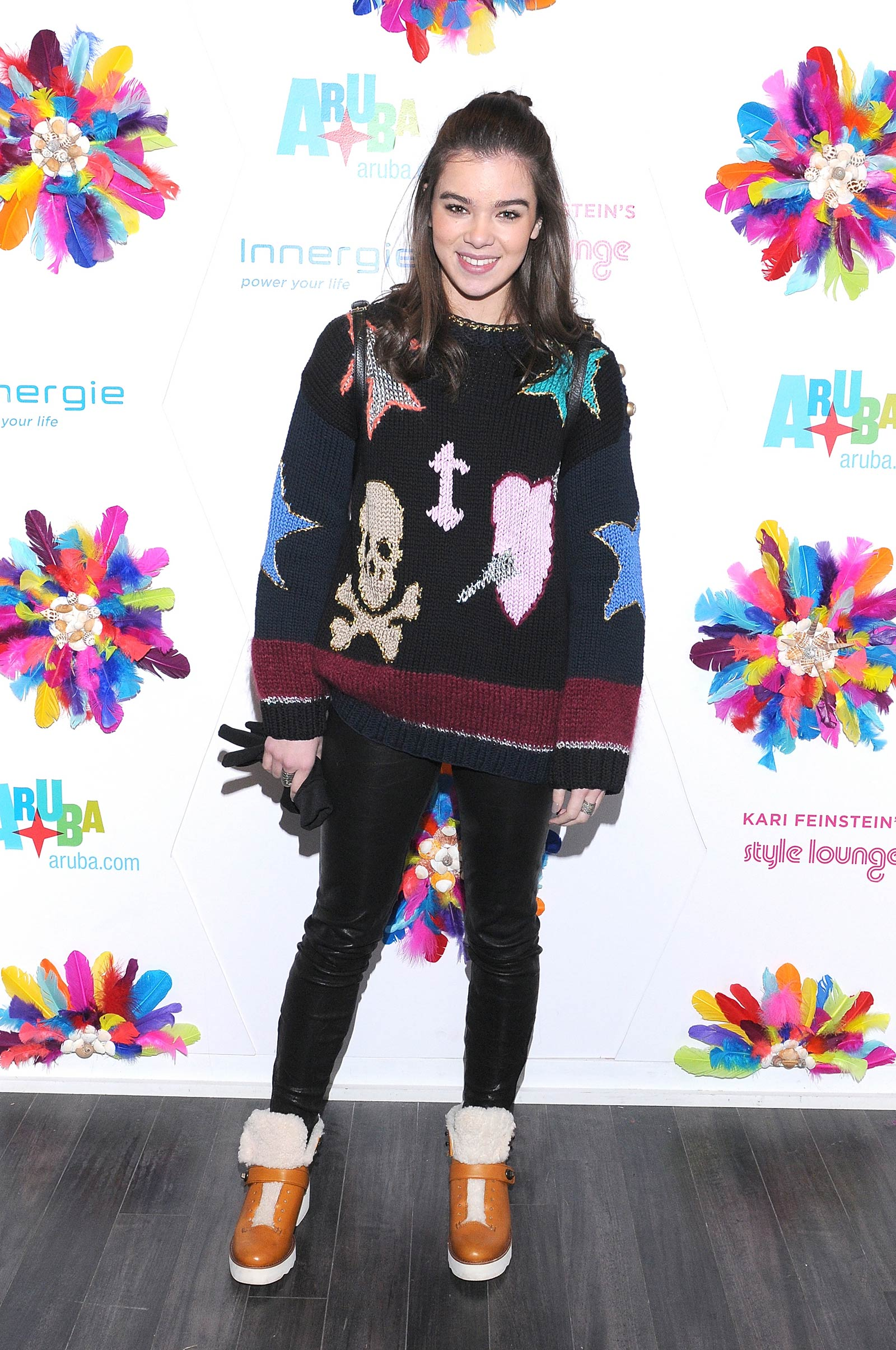 Hailee Steinfeld attends Kari Feinstein's Style Lounge