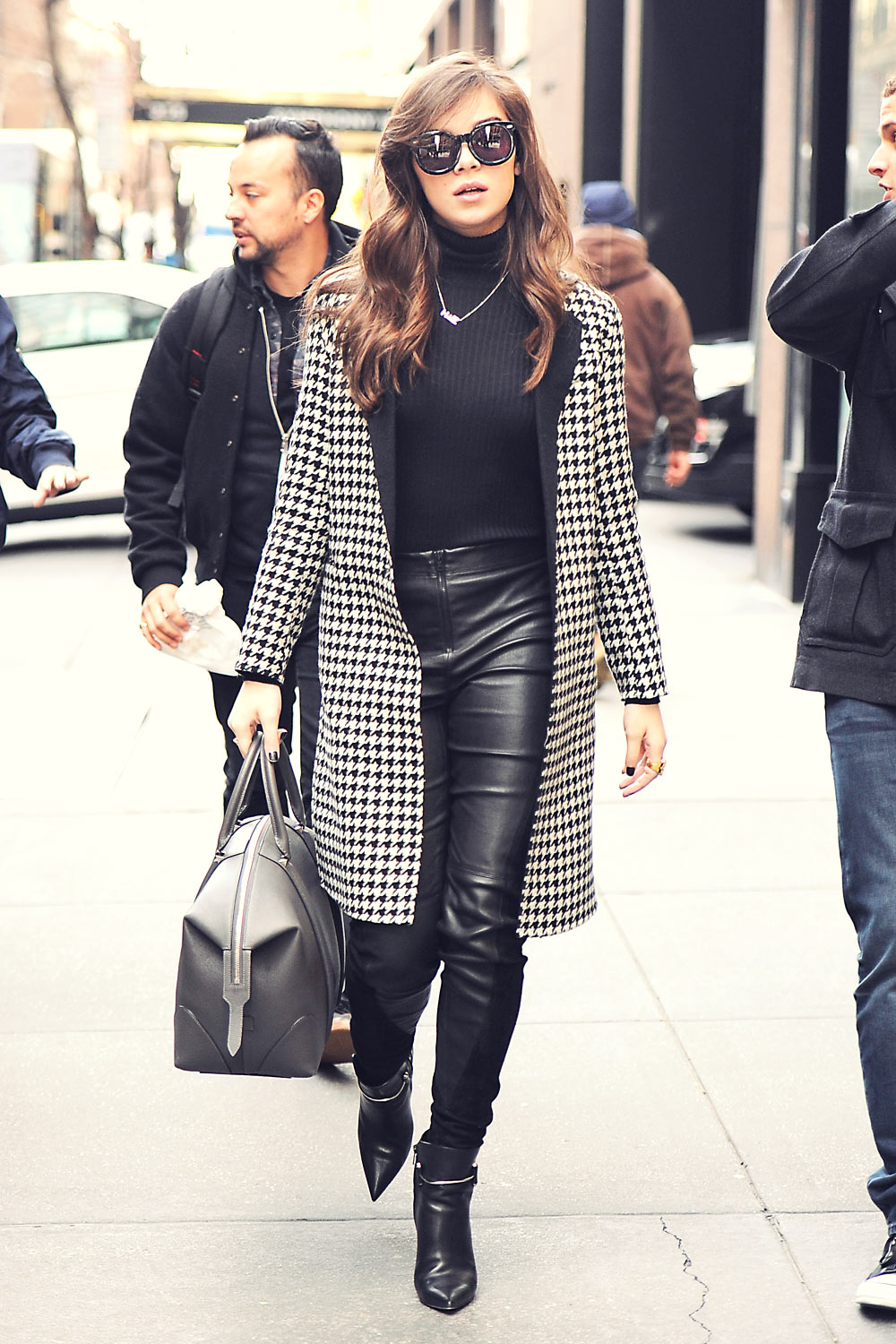Hailee Steinfeld Out In New York City Leather Celebrities