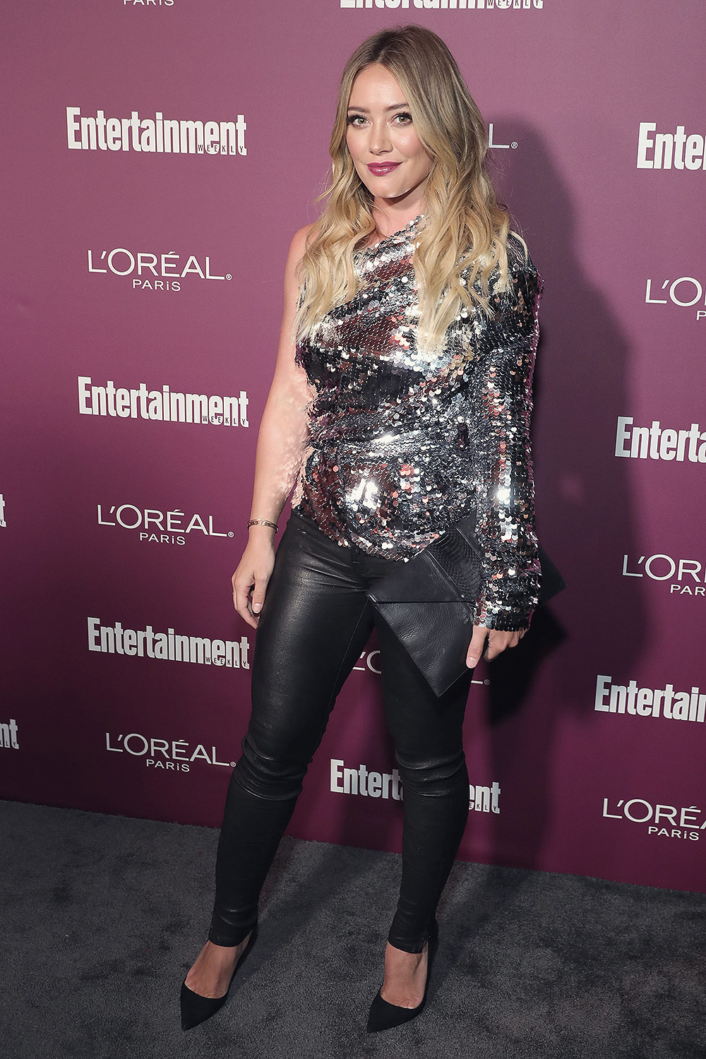Hilary Duff attends the 2017 Entertainment Weekly Pre-Emmy Party