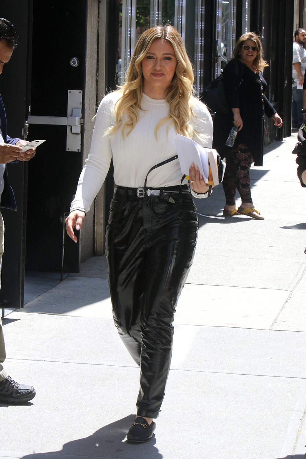 """Hilary Duff is seen on the set of """"Younger"""""""