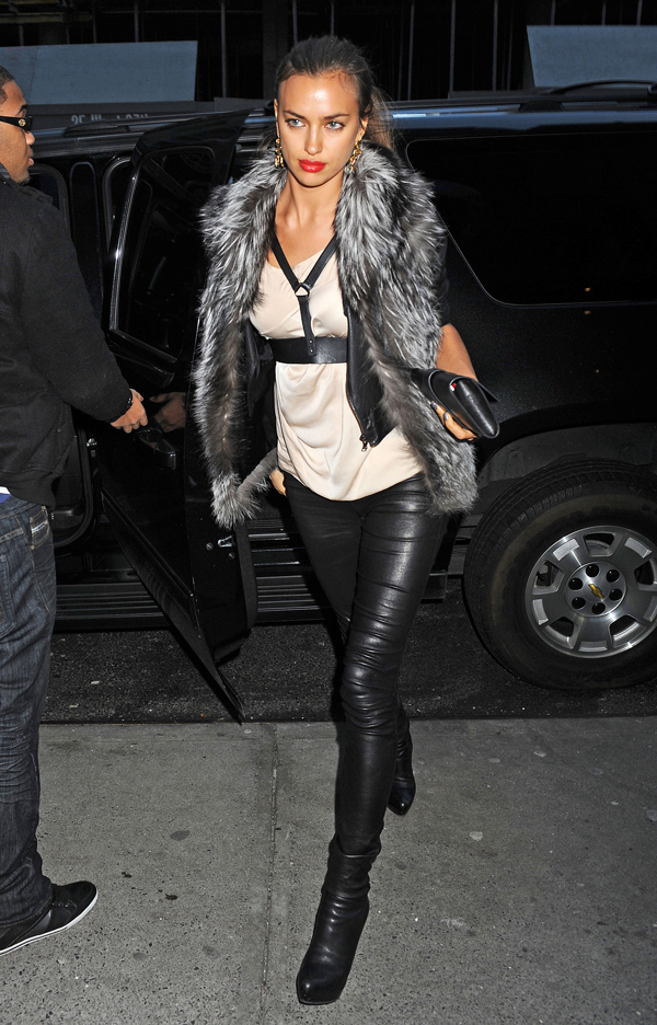 Irina Shayk arriving at Frankie & Johnnie's Steakhouse in NYC