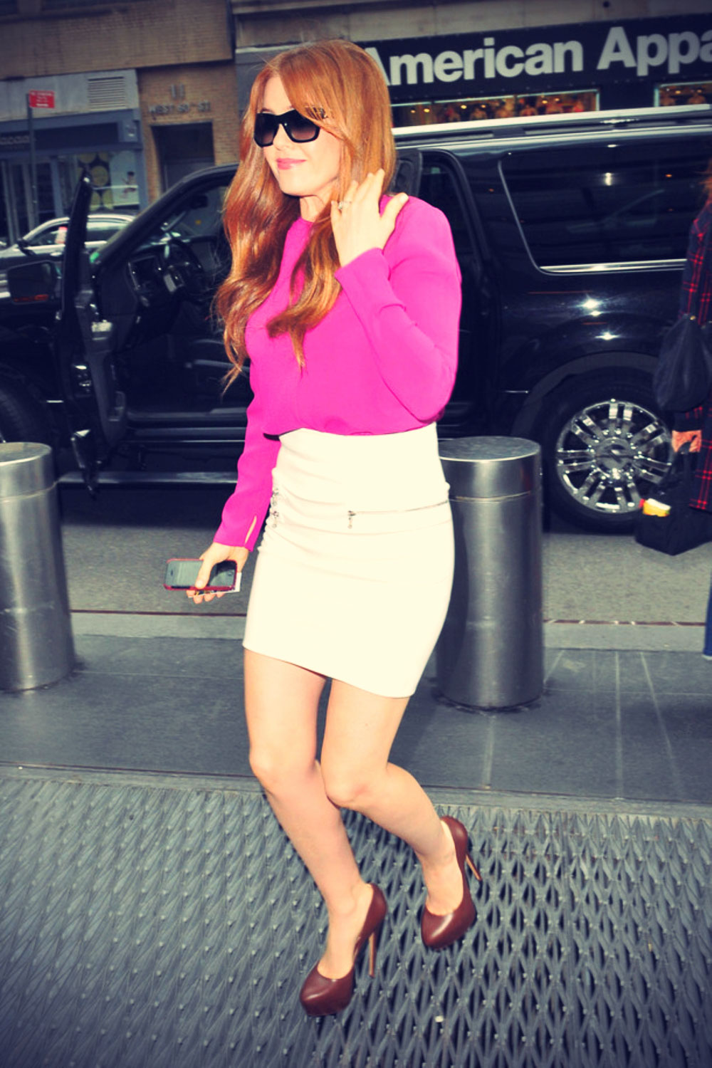 Isla Fisher arrives at Good Morning America